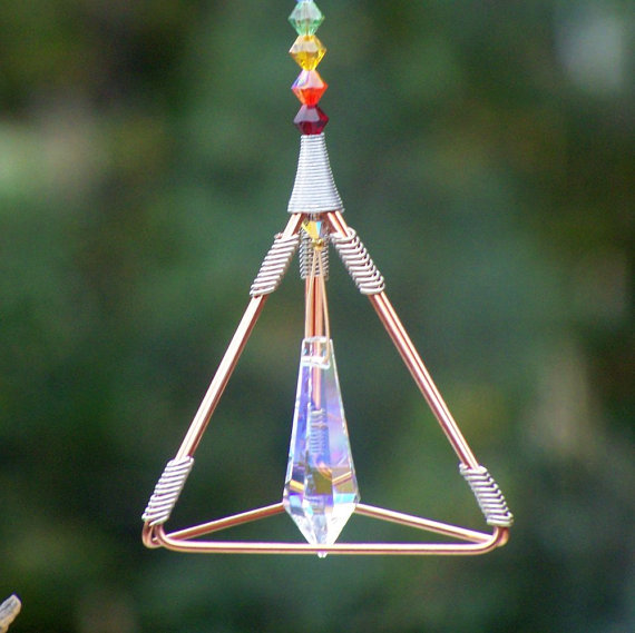 7 Chakras - Pyramid Pendulum / Suncatcher - Swarovski Crystals